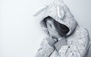 Признаки и причины возникновения депрессии у подростков, как можно помочь?