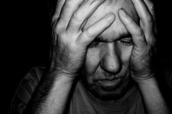 Симптомы и причины возникновения депрессии у мужчин, адекватные советы для лечения