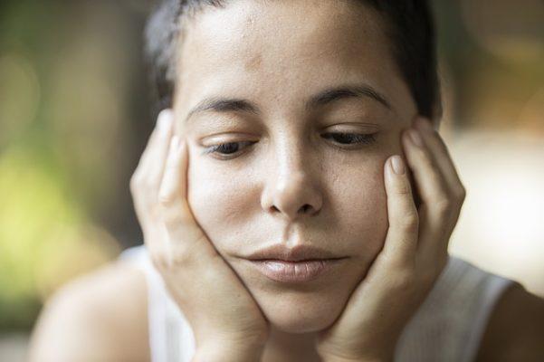 Что такое депрессивная триада, виды и симптомы состояния