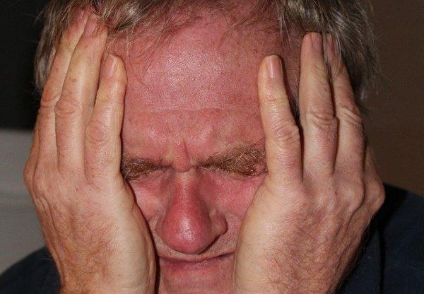 Что такое ипохондрический синдром, симптомы и лечение патологии